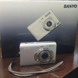 CAMARA DIGITAL Sanyo VPC-T700T 7MP