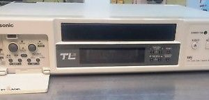 TL300 PANASONIC Videograbadora Time-lapse de 24 hs. 220V
